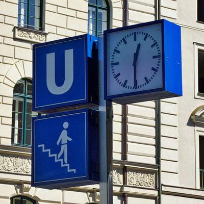 U-Bahn-Schild-Brienner-Straße